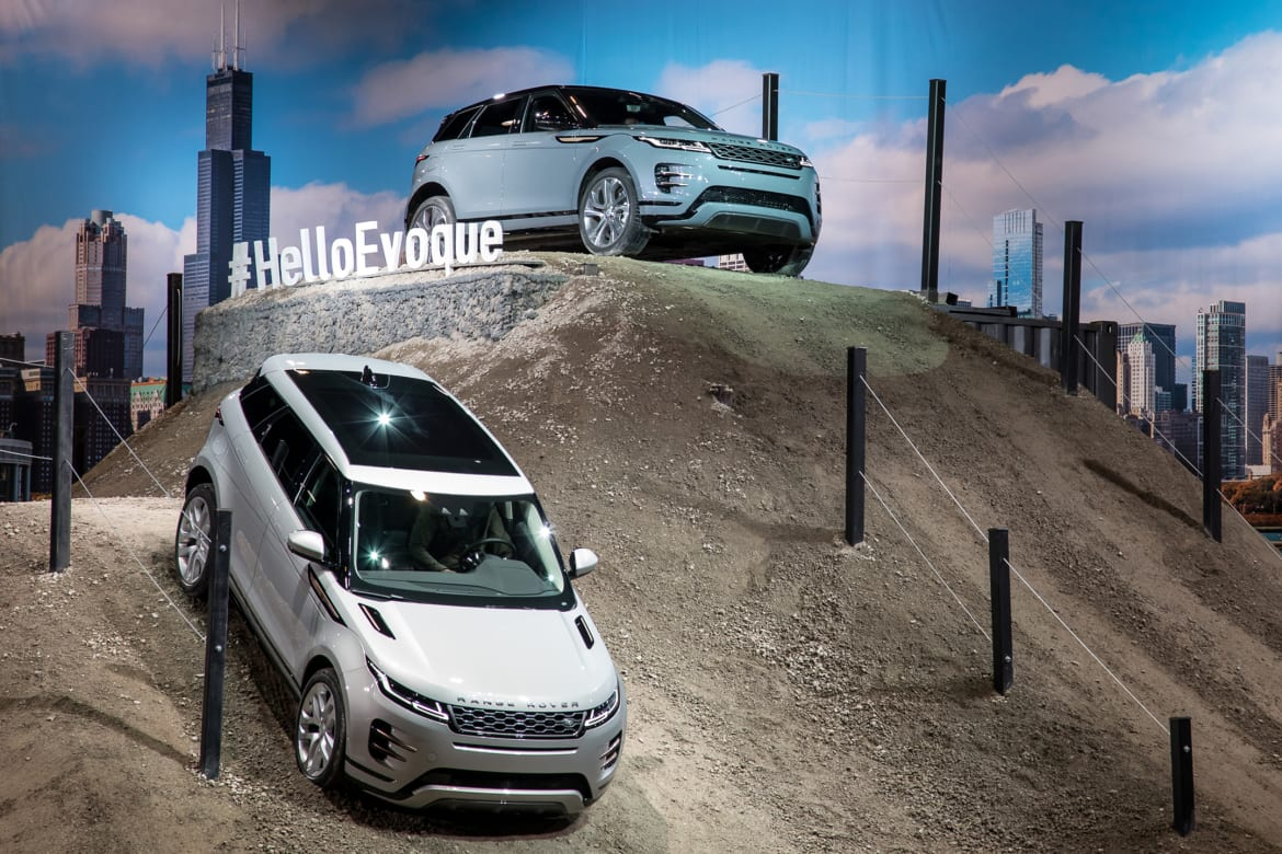 Land Rover Chicago >> 2019 Chicago Auto Show What You Missed News Cars Com