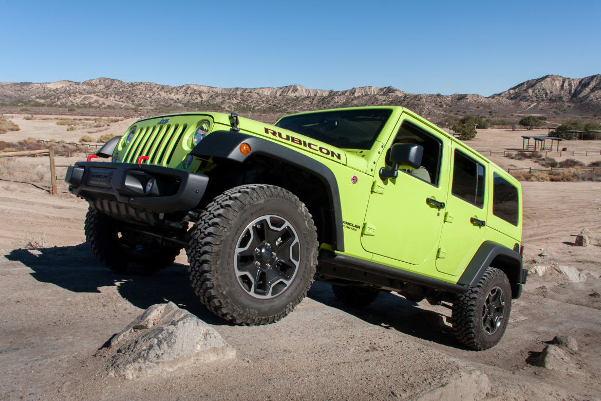 13e73b59f33a63 Five Accessories to Make Your Jeep Wrangler Better | News | Cars.com