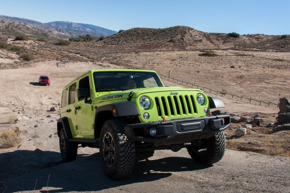 17Jeep_Wrangler-Unlimited_BW_04.jpg