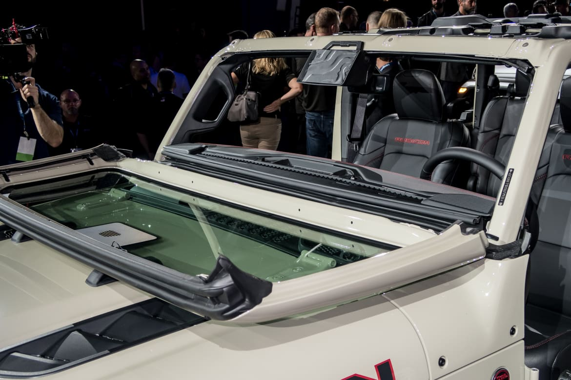 2020 Jeep Gladiator: When You Want a Truck Without Doors ...