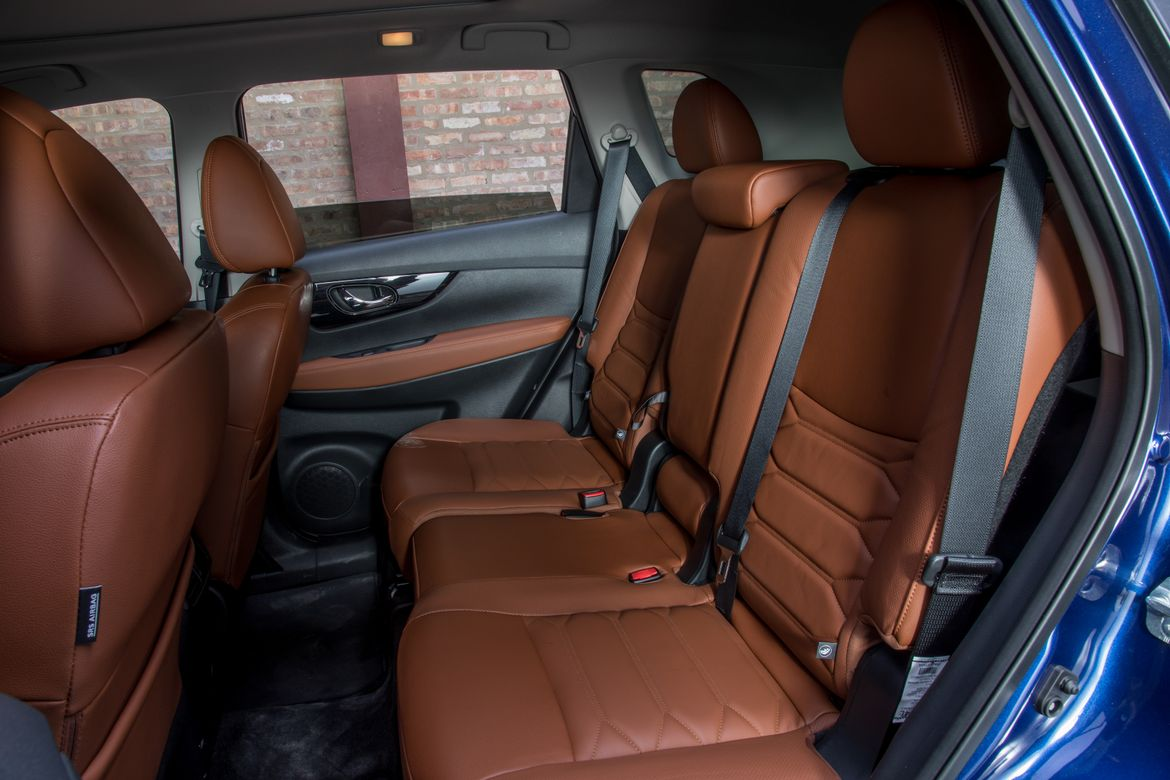 Nissan Rogue Seating >> 2019 Nissan Rogue 10 Things We Like 5 Things We Don T