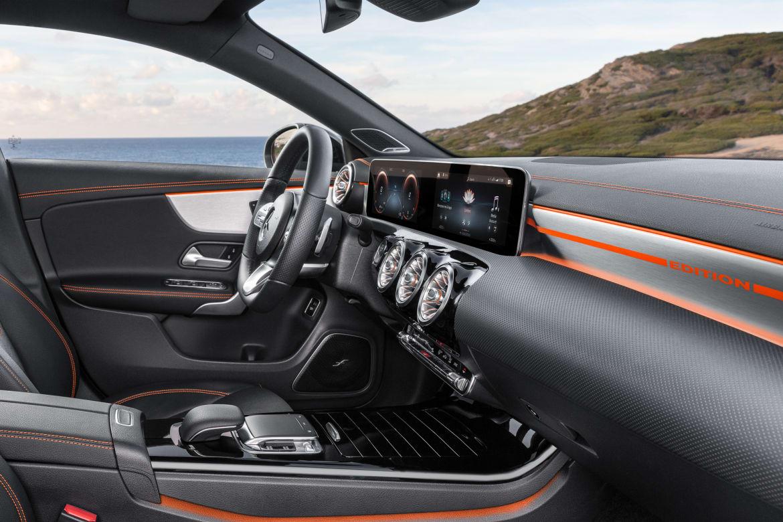 09-mercedes-benz-cla-coupe-oem.jpg