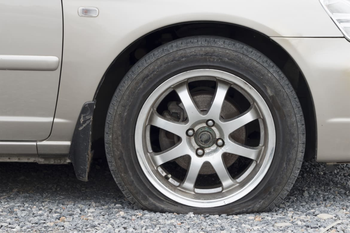 patch a car tire cost