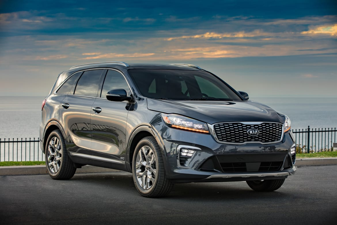 Cars With 3rd Row >> 2019 Kia Sorento Gains Standard Third Row Diesel Model News