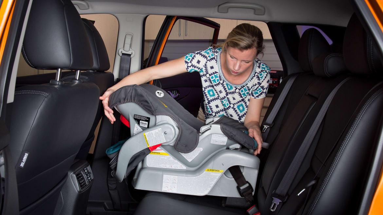 2017 Nissan Rogue Sport: Car Seat Check
