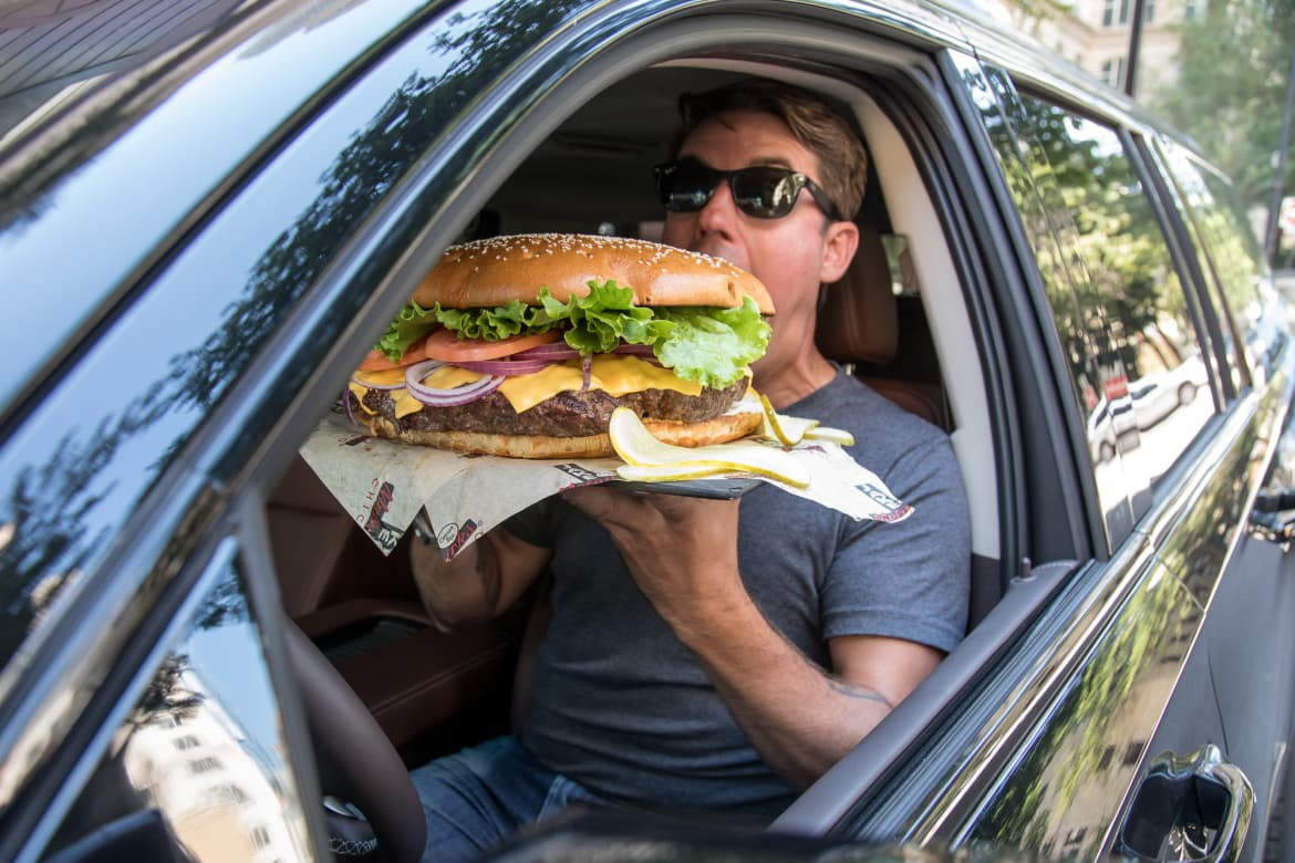 On National Cheeseburger Day, Perfect Car Pairings for Your Burger