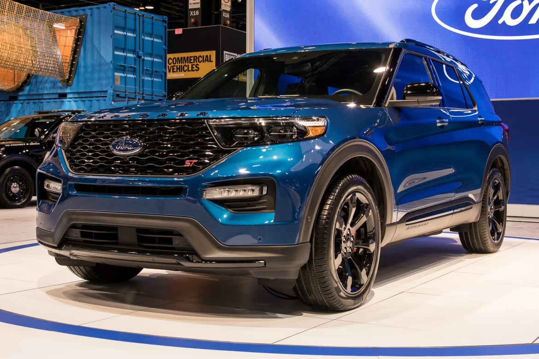 01-ford-explorer-2020-angle--blue--exterior--front.jpg