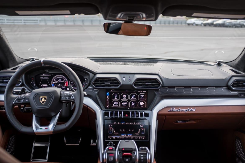 Lamborghini Urus 2019 Interior
