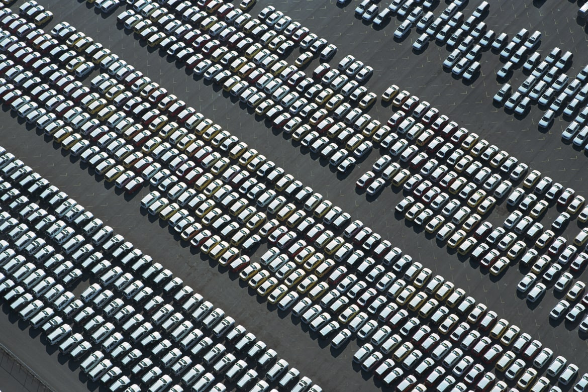 Cars Are Us >> How Many Cars Does The Average American Own News Cars Com