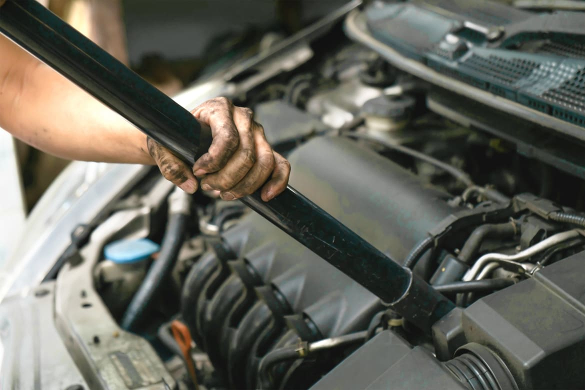 Are There Any Mechanical Benefits to Cleaning an Engine