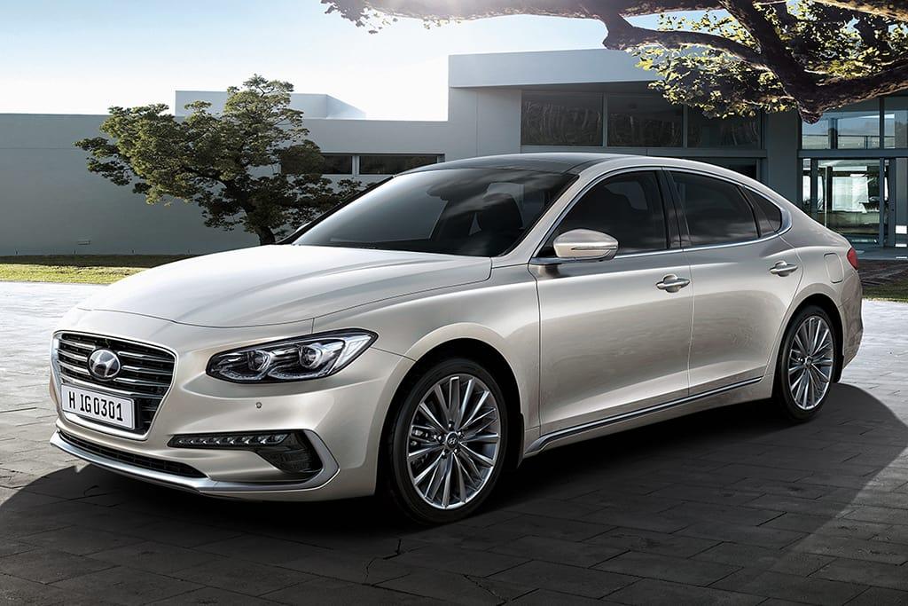 Hyundai Drops Azera Sedan From 2018 Lineup News Cars Com