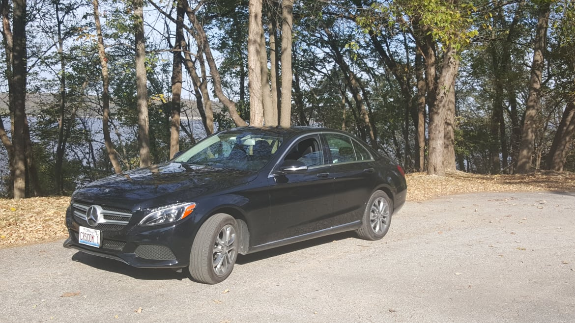 For Long Road Trips, Mercedes-Benz C-Class Gets a B-Plus