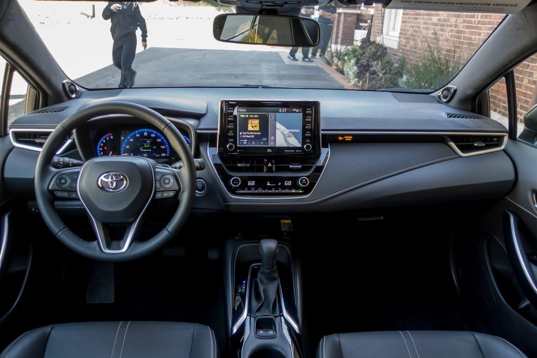 Toyota Corolla Gas Mileage >> 2019 Toyota Corolla Hatchback Pricing Fuel Economy Revealed