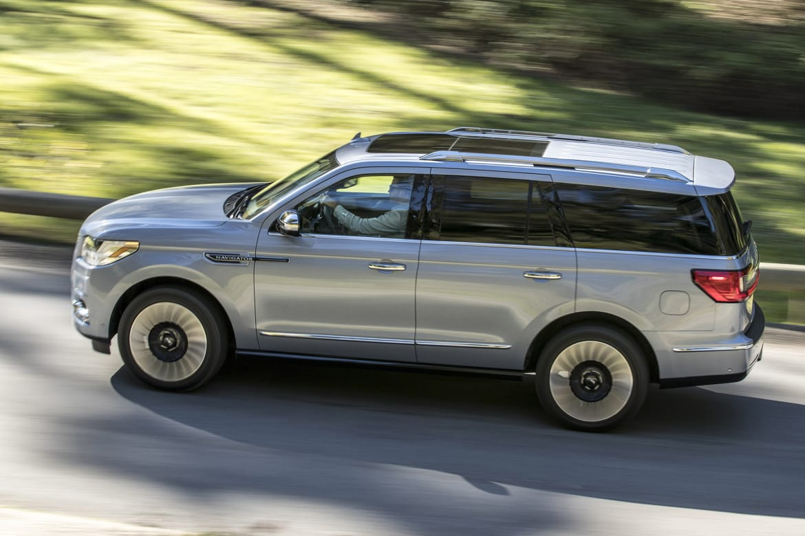 2018 Lincoln Navigator: Redesign, Specs, Price >> 2018 Lincoln Navigator What S The Cost Of A Fill Up News