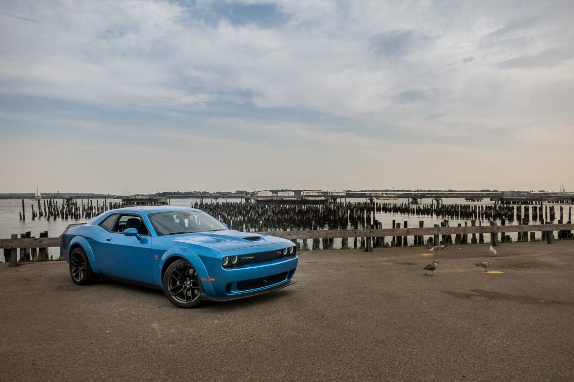 Is The 2019 Dodge Challenger R T Scat Pack Widebody The Poor Man S