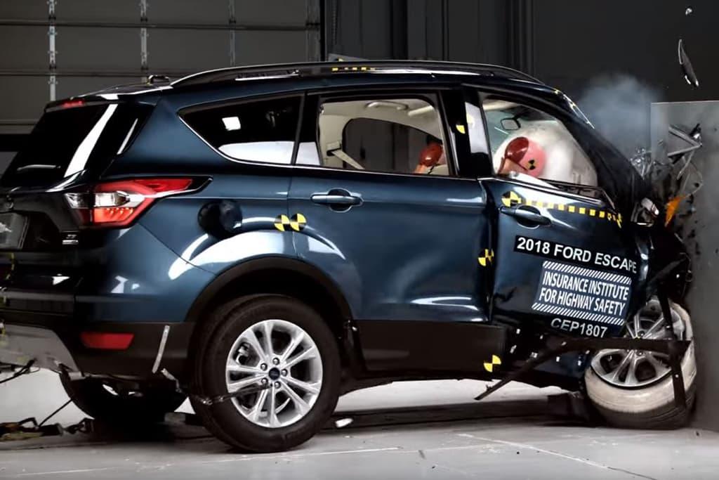 2018 Ford Escape Fails New Crash Test 5 Other Small Suvs Score Good