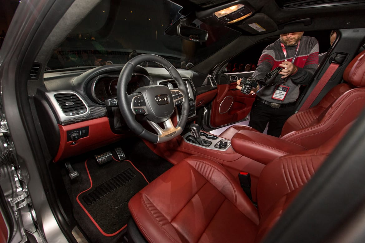 2018 Jeep Grand Cherokee Trackhawk Review: First ...