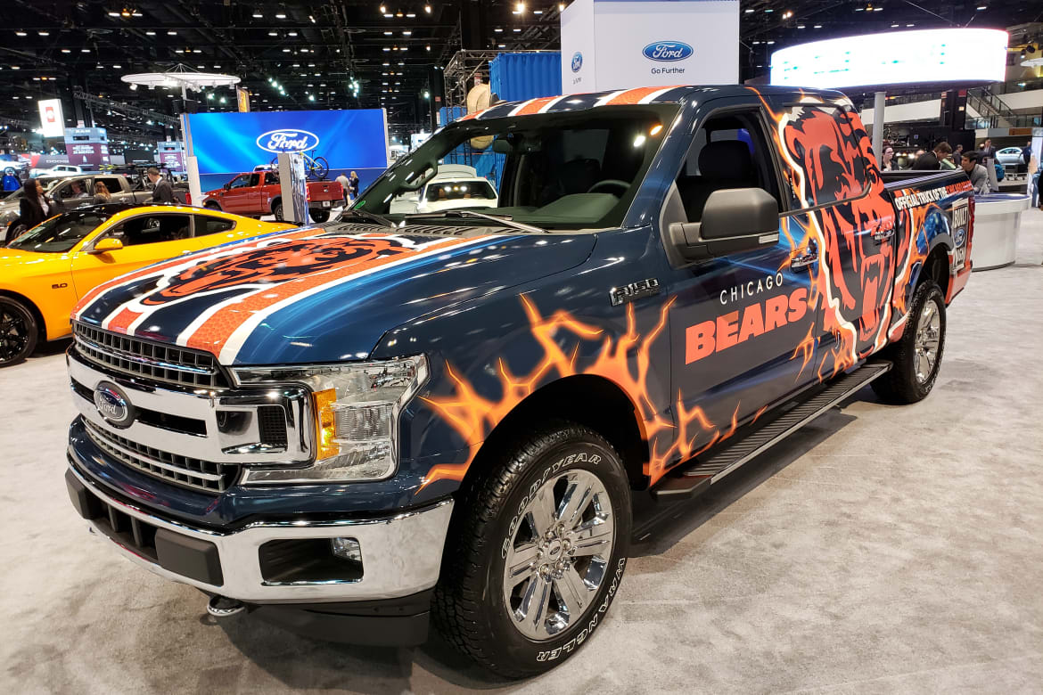 Chicago_Bears_Ford_F-150.jpg