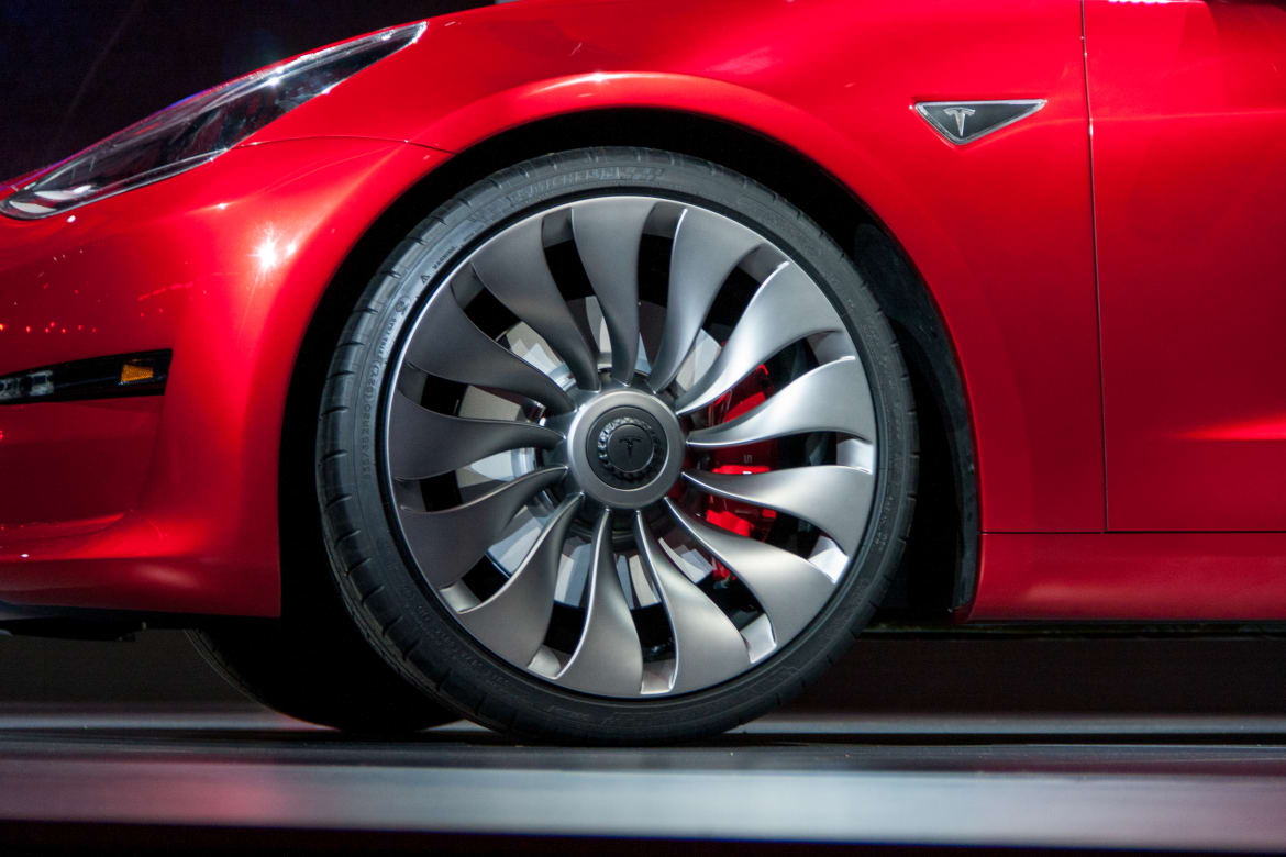 The Week in Tesla News: Model 3 $35K No More, Lease Deal