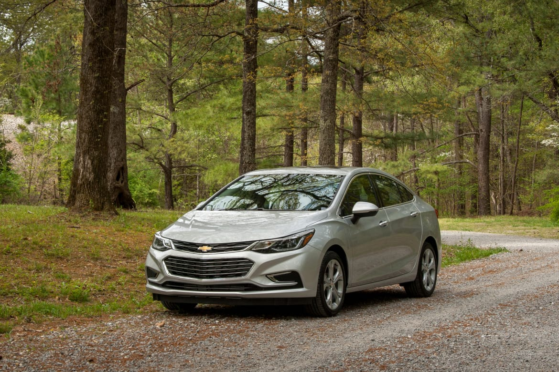 2016 Chevy Cars >> 2016 Chevrolet Cruze First Drive News Cars Com