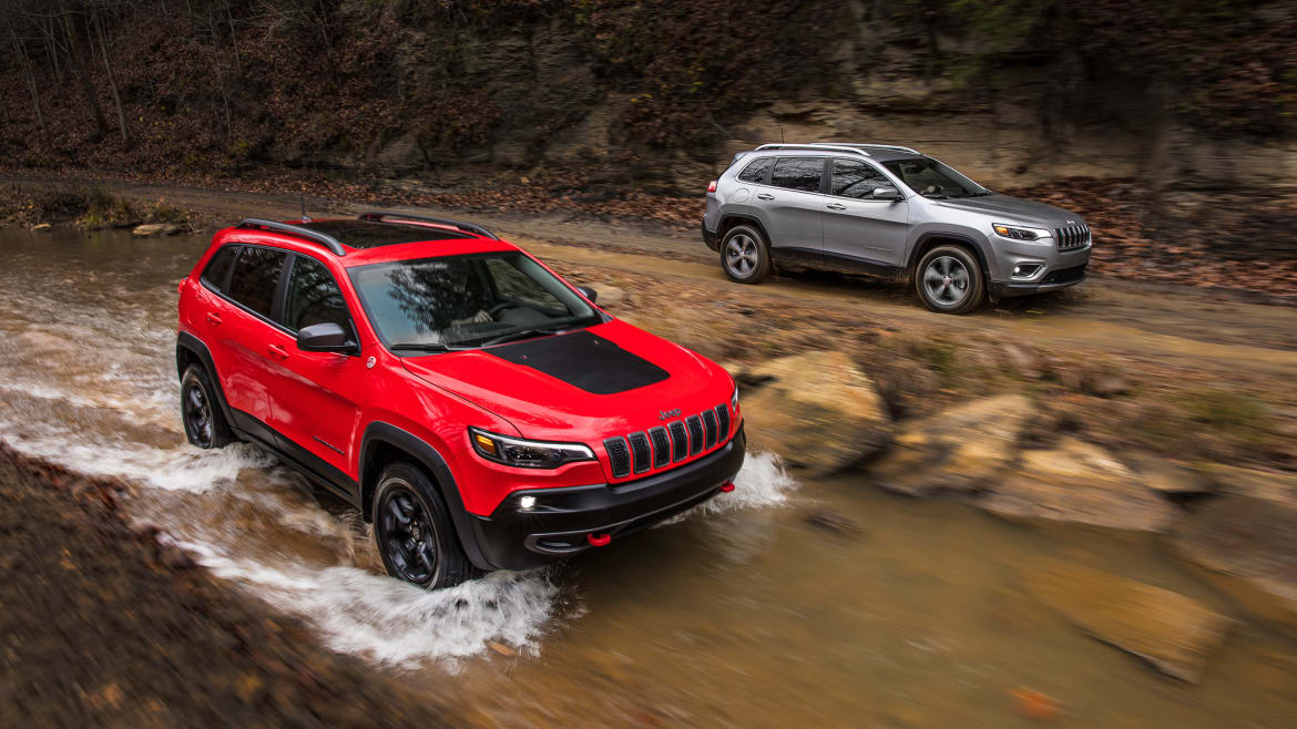 2019 Jeep Cherokee: Prettier And Turbocharged >> 2019 Jeep Cherokee Is Lighter Less Weird News Cars Com