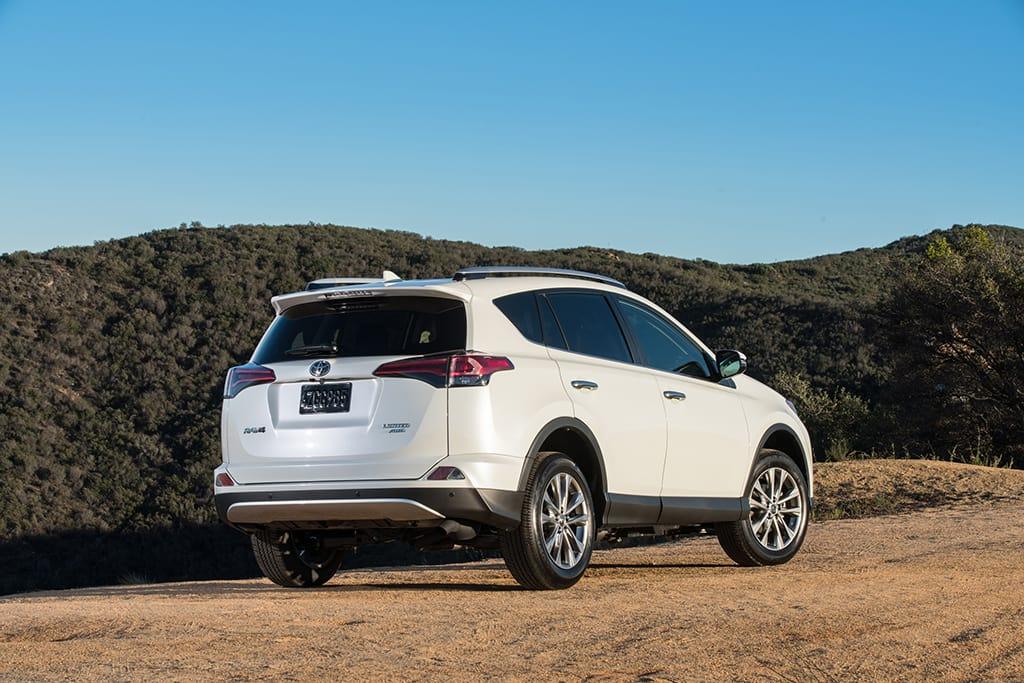 2017 Toyota Rav4 What S Changed News Cars Com