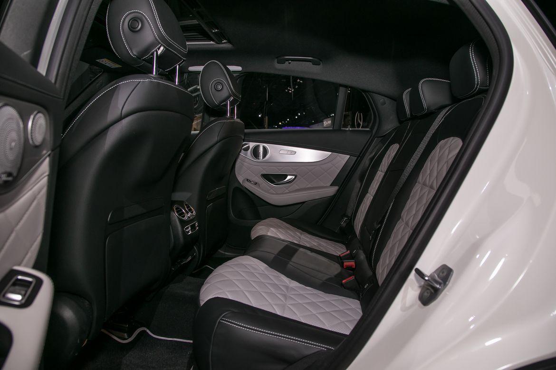18-mercedes-benz-glc300-coupe-2020-interior--second-row.jpg