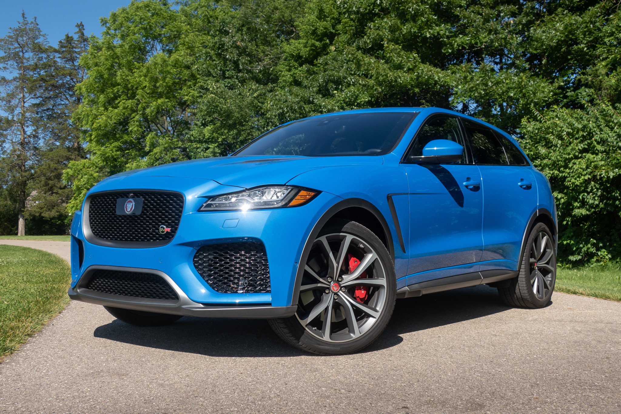 2019 Jaguar F-Pace SVR Review: Roaring Kitty via @carsdotcom