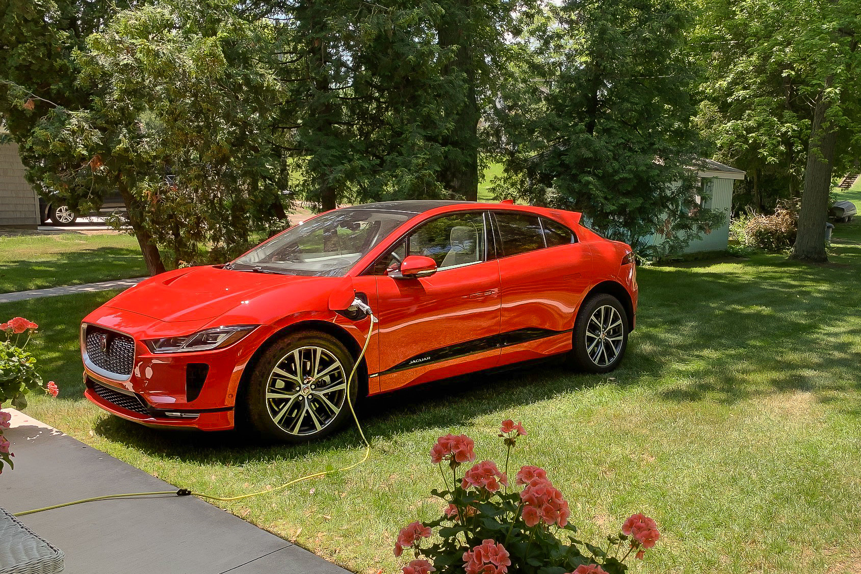 How Do Car Seats Fit in a 2020 Jaguar I-Pace?