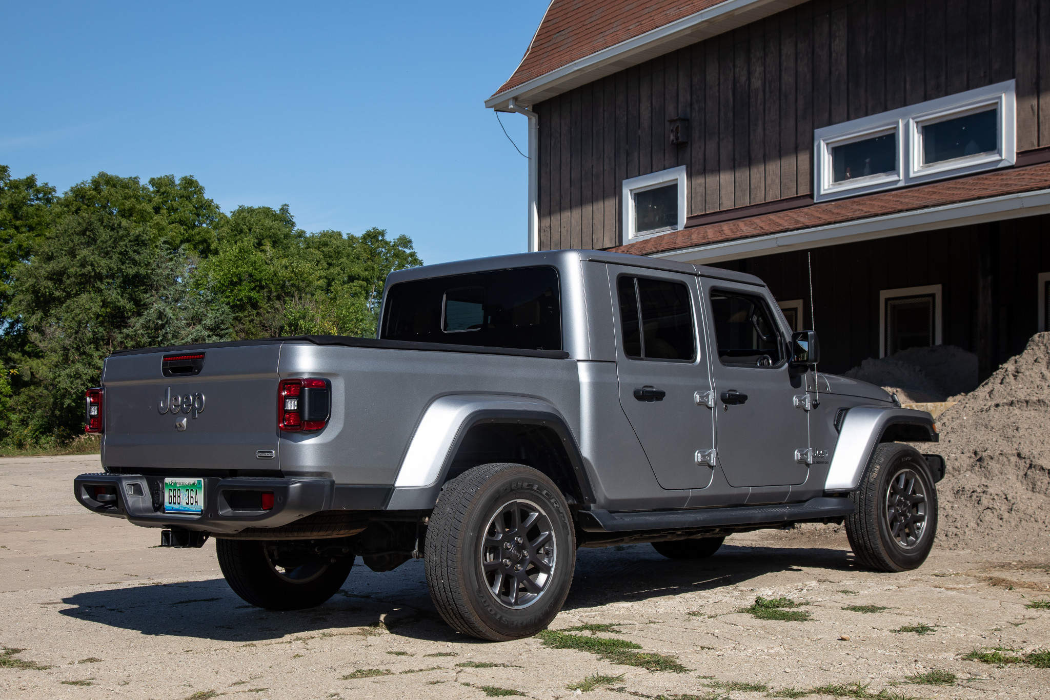 2020 Jeep Gladiator Review: Unique, Expensive and Massively Entertaining