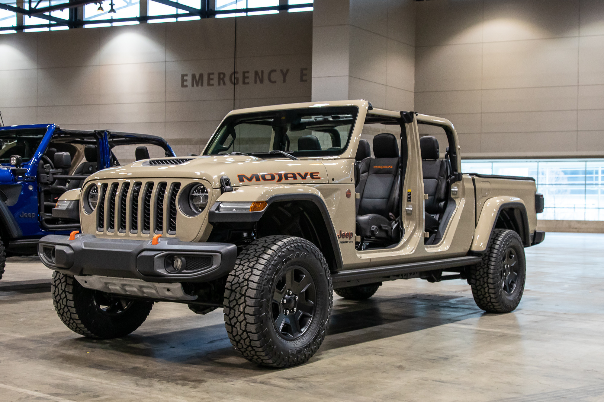 2020 Jeep Gladiator Mojave Video: Desert Rated