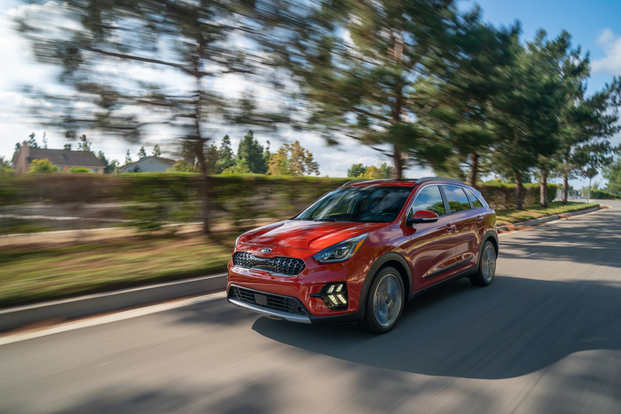 2020 Kia Niro Gets Freshened-Up Face, Telluride Tech