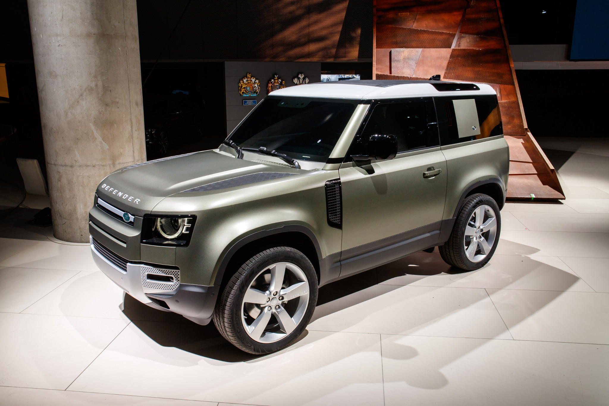 La Auto Show 2020.2019 L A Auto Show 2020 Land Rover Defender And Everything