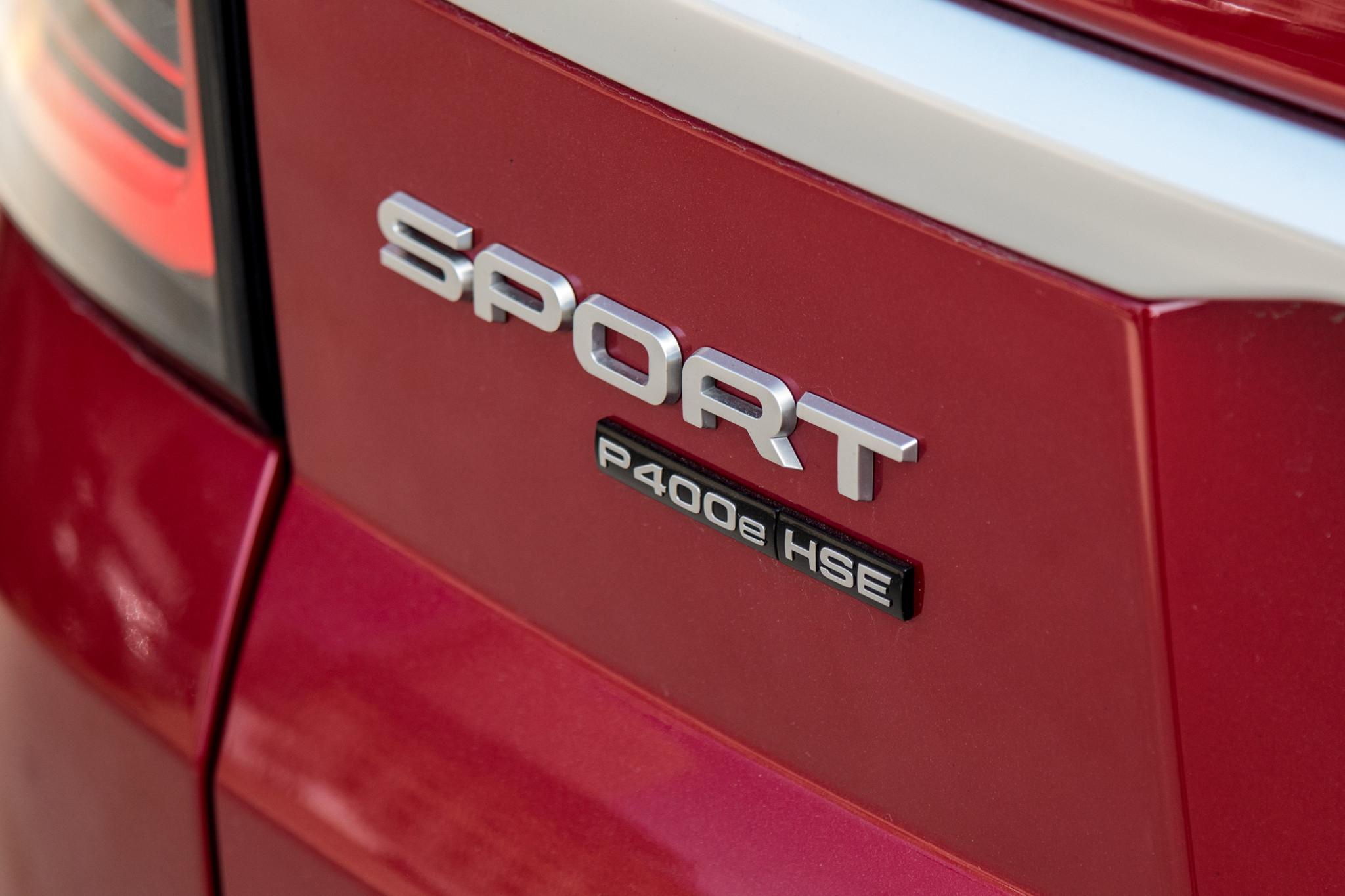 land-rover-range-rover-sport-2020-12-badge--exterior--rear--red.jpg