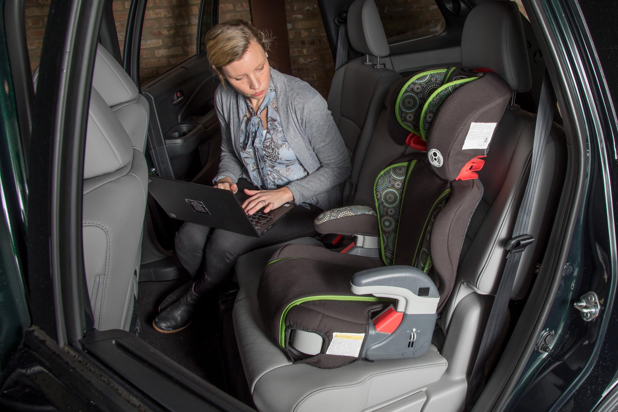 How Do Car Seats Fit in a 2020 Honda Passport?