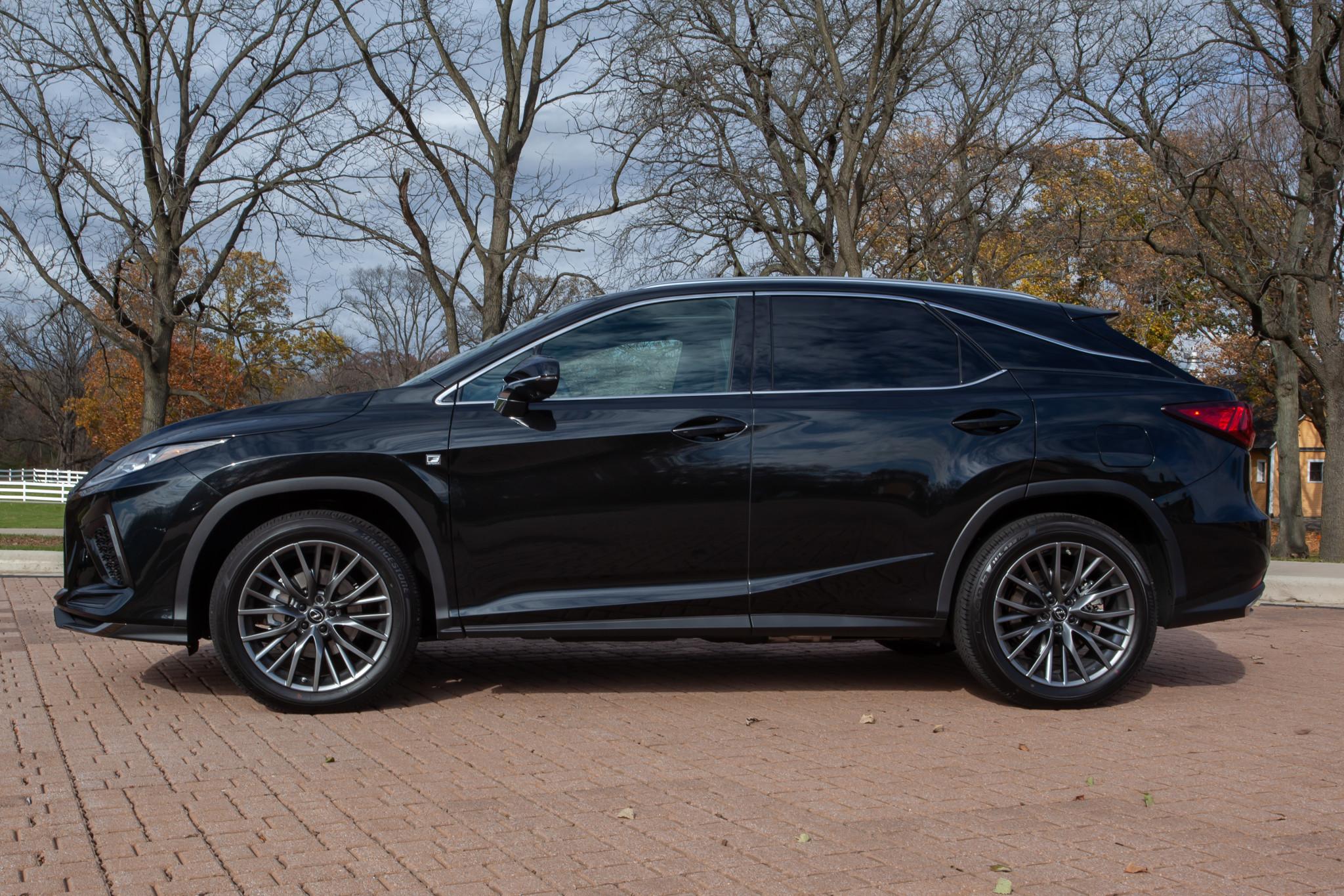 lexus-rx-350-2020--07-black--exterior--profile.jpg