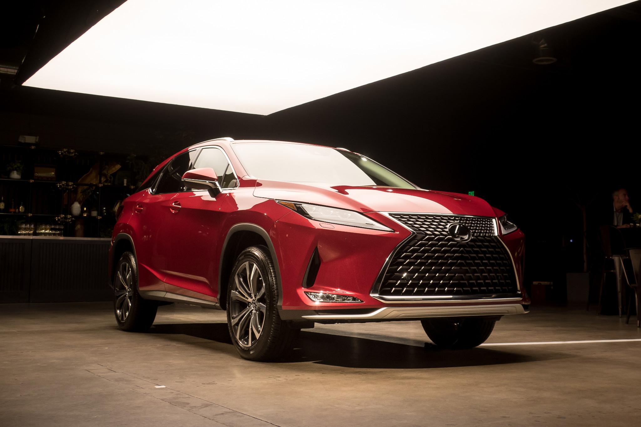 2020 Lexus Rx 350 Addresses Suv S Biggest Problem But Doesn T Fix