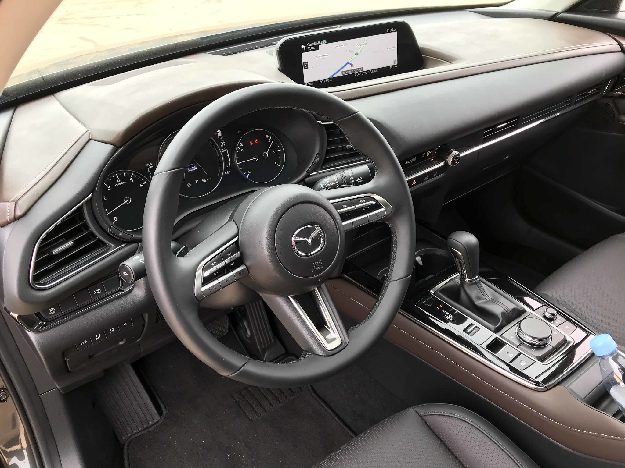 mazda-cx-30-2020-12-front-row--interior--steering-wheel.jpg