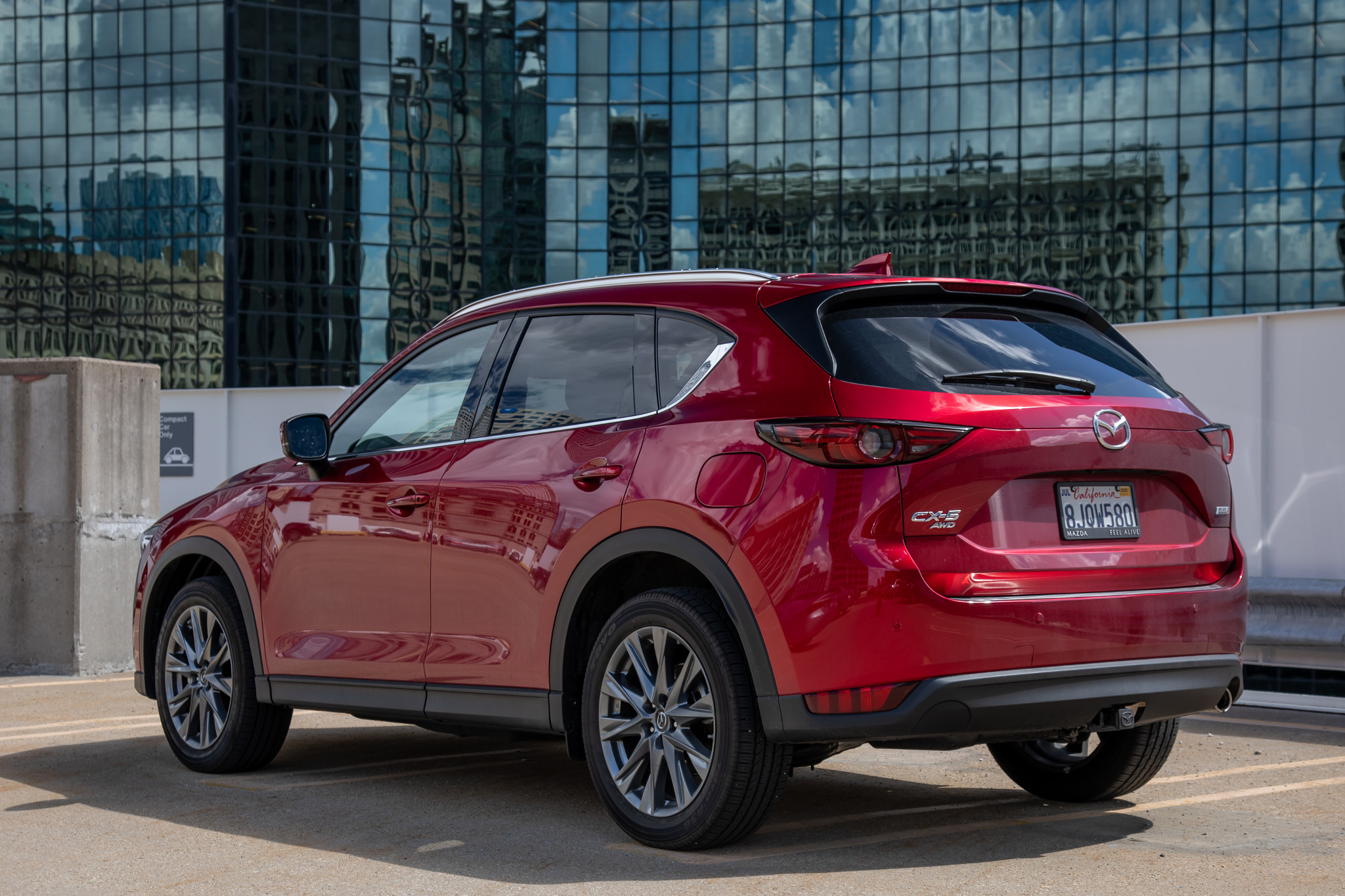 mazda-cx-5-2019-09-angle--exterior--rear--red.jpg