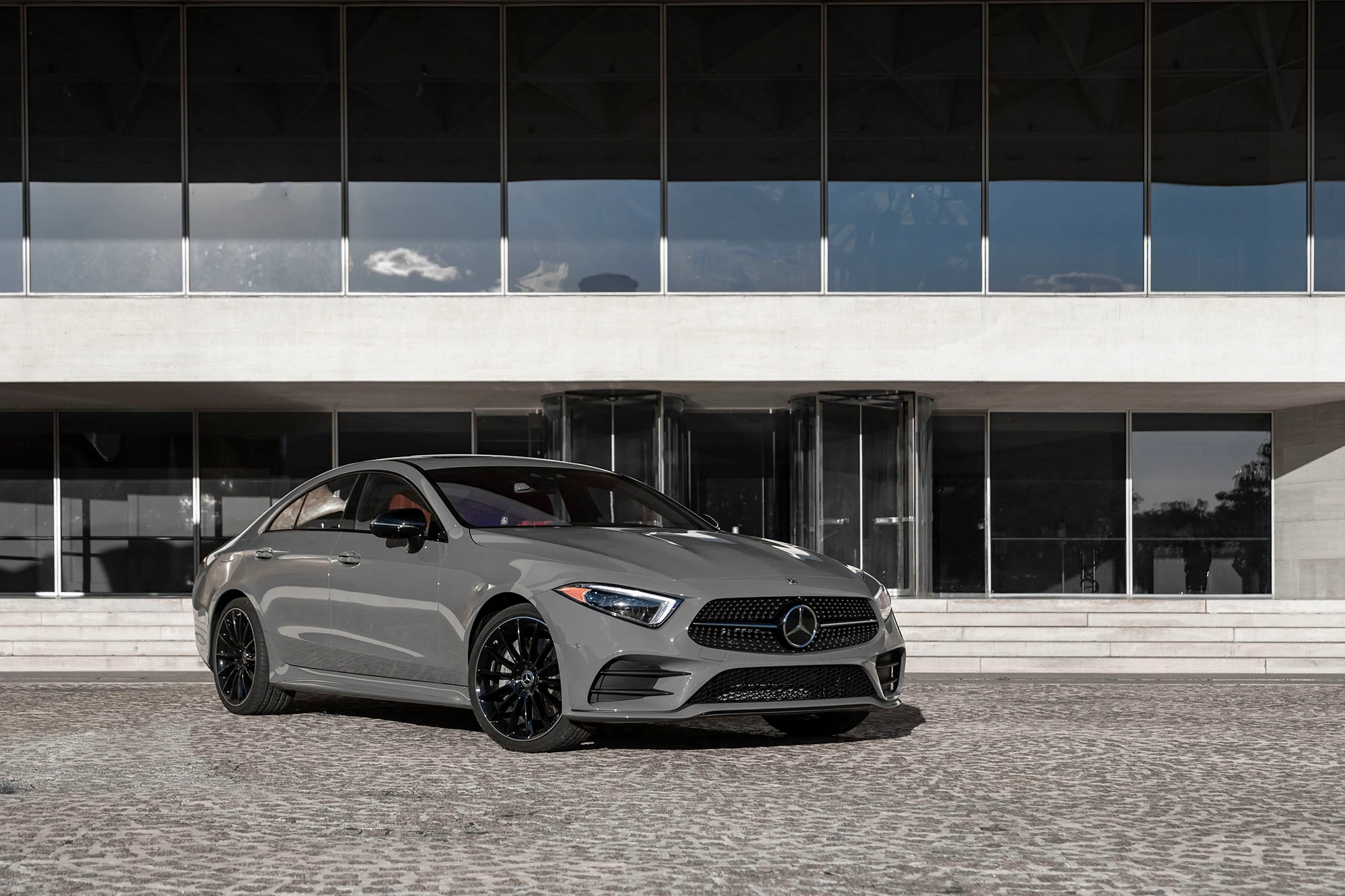2021 Mercedes-Benz CLS Adds Dual Info Screens, Crash Avoidance and More