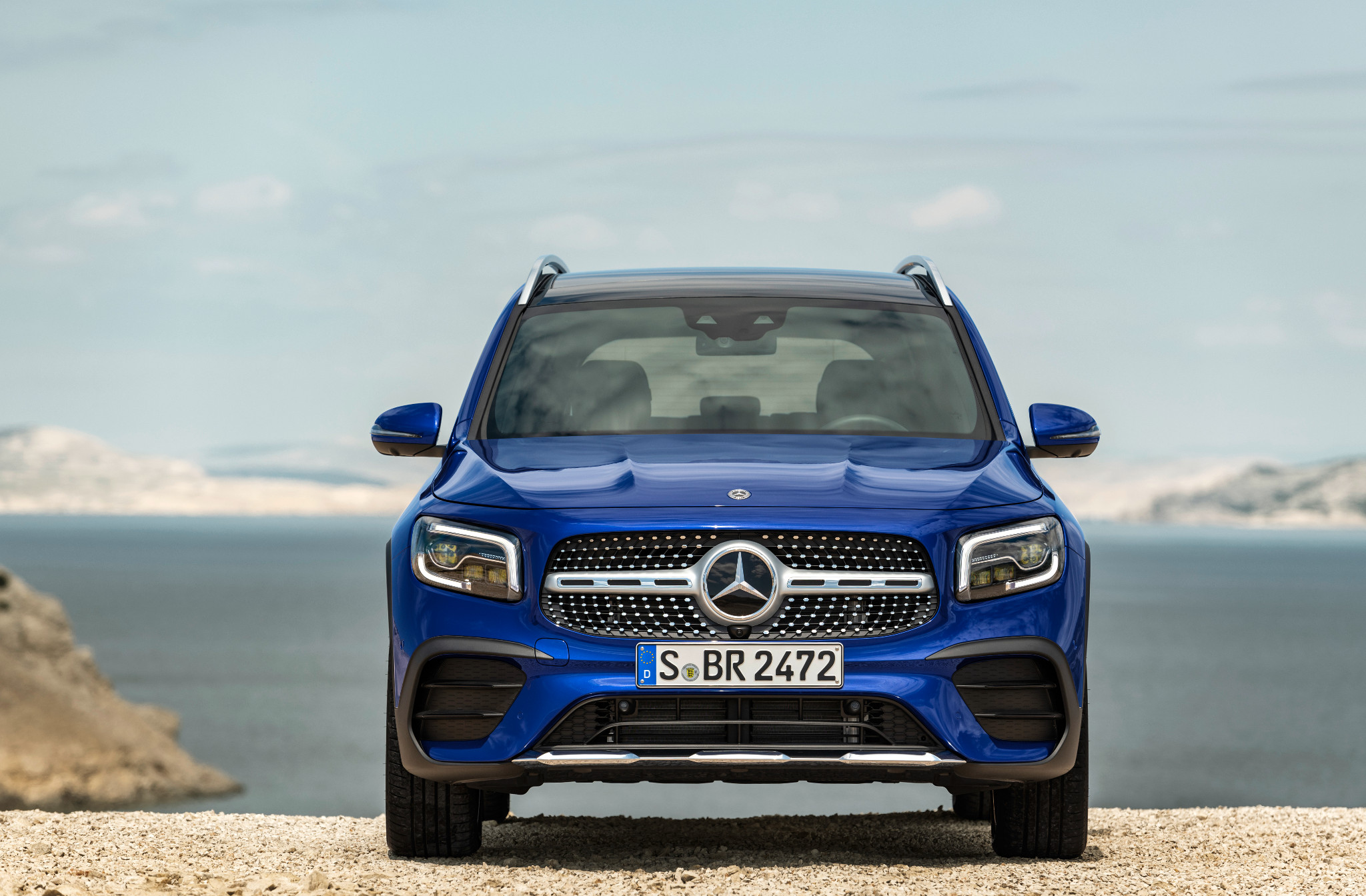 Photo 2020 Mercedes Benz Glb Compact Suv With Third Row