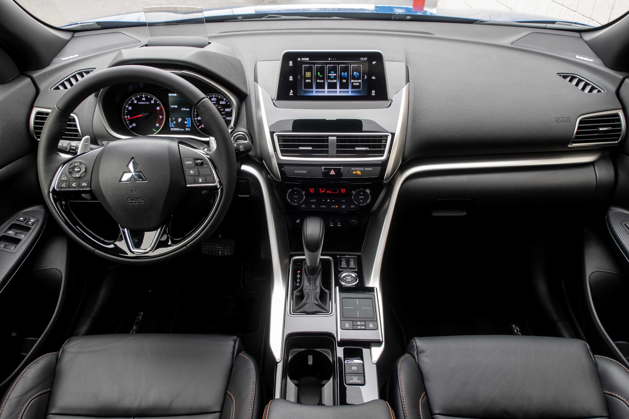 mitsubishi-eclipse-cross-2020-09-cockpit-shot--front-row--interior.jpg