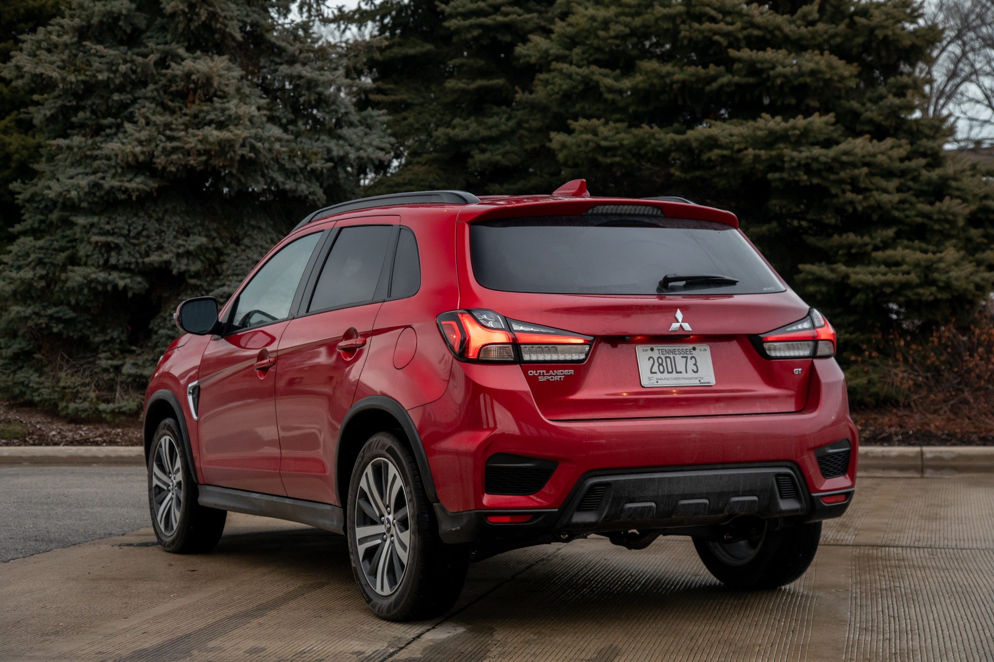 2020 Mitsubishi Outlander Sport: 3 Pros and 5 Cons