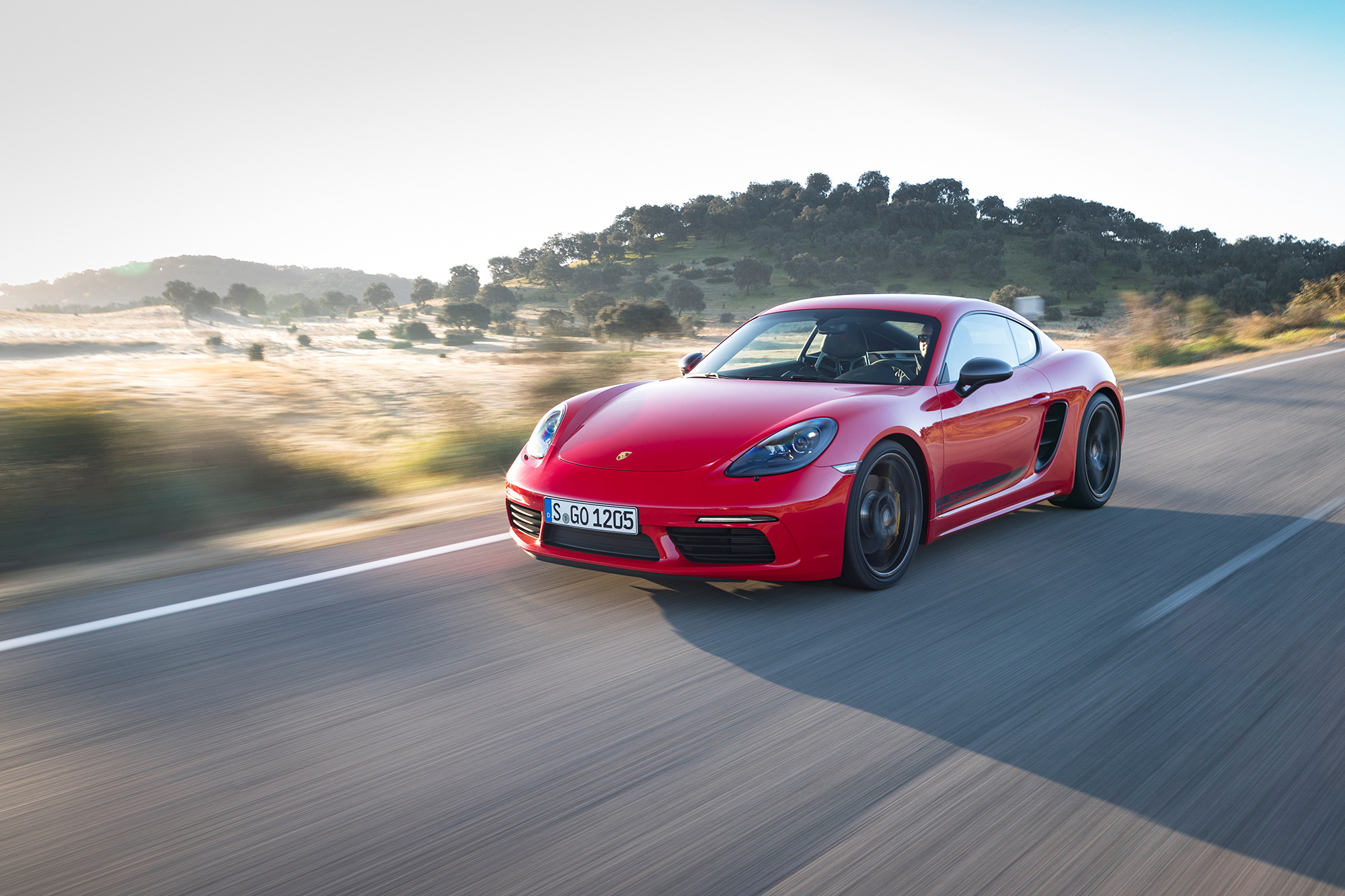 porsche-718-boxster-t-2020-exterior-front-dynamic-red.jpg