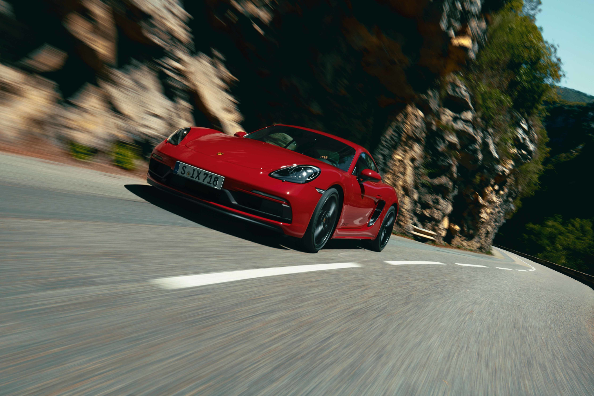 Porsche 718 GTS 4.0: You Make Me Feel Like a Natural Sports Car