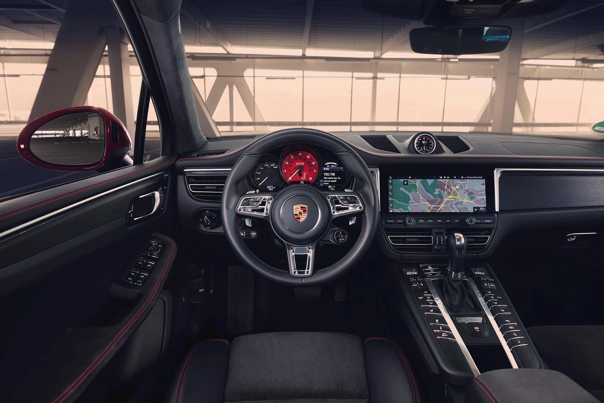 porsche-macan-gts-2020-05-cockpit-shot-interior.jpg