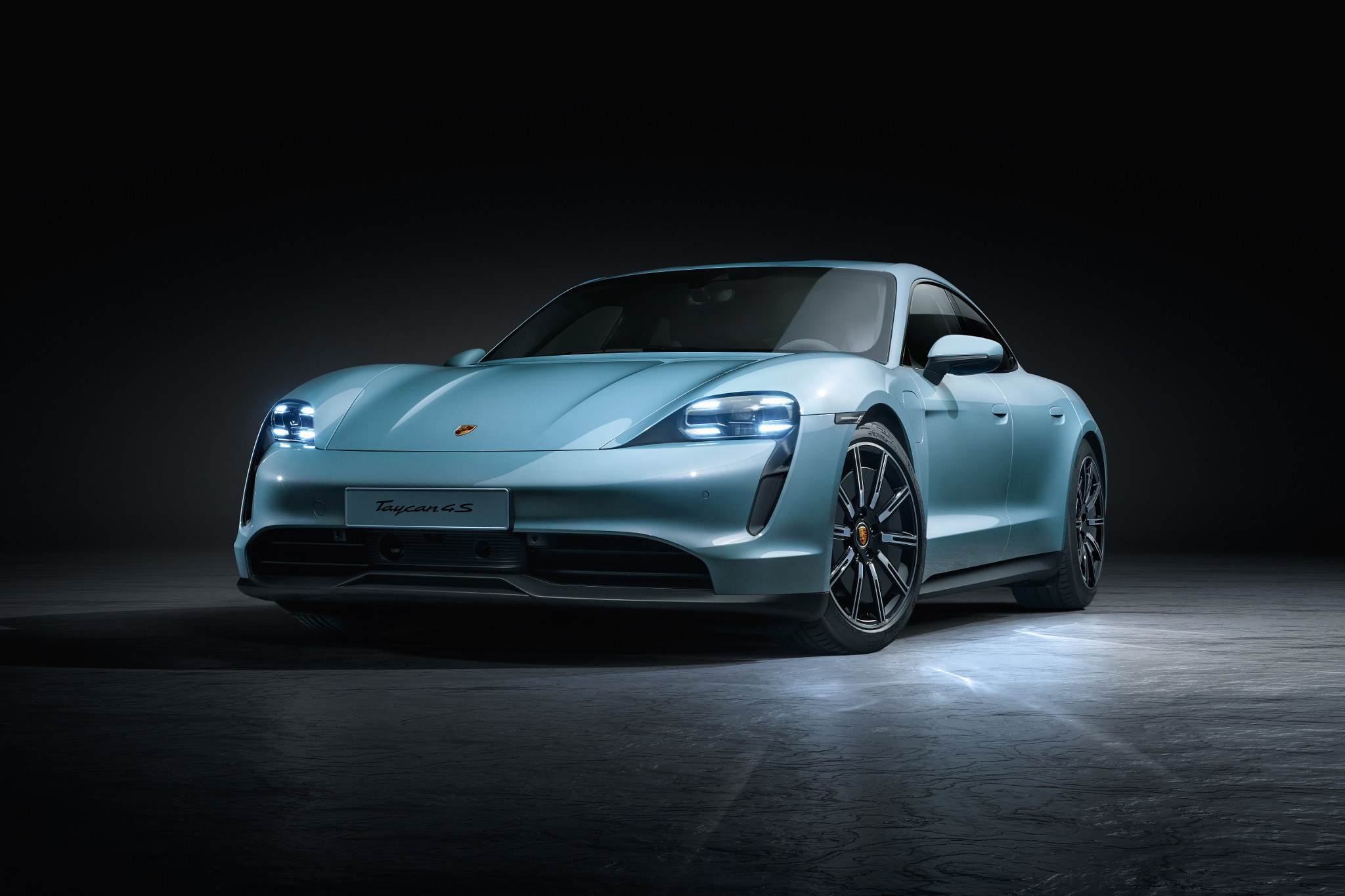Porsche Just Saved You 47 Grand on the Price of a 2020 Taycan
