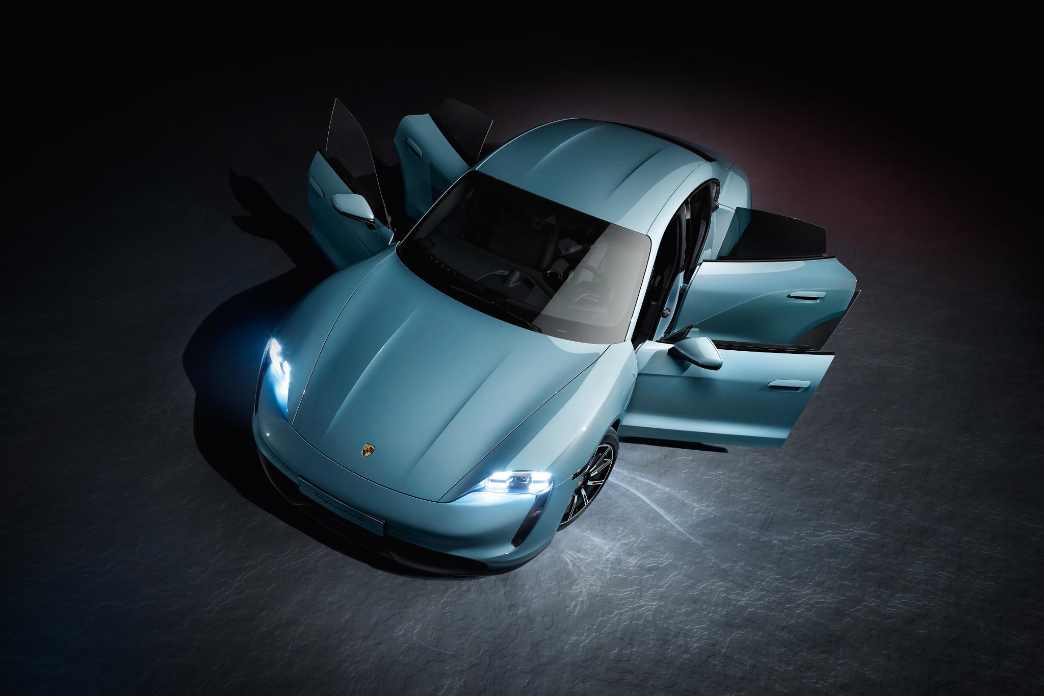 porsche-taycan-4s-2020-09-angle--blue--doors--exterior--front--overhead.jpg