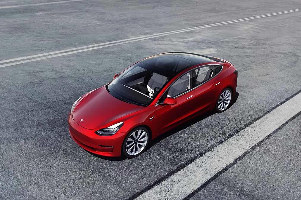 tesla model-3-2020-01 açılı - Dış - Ön - red.jpg