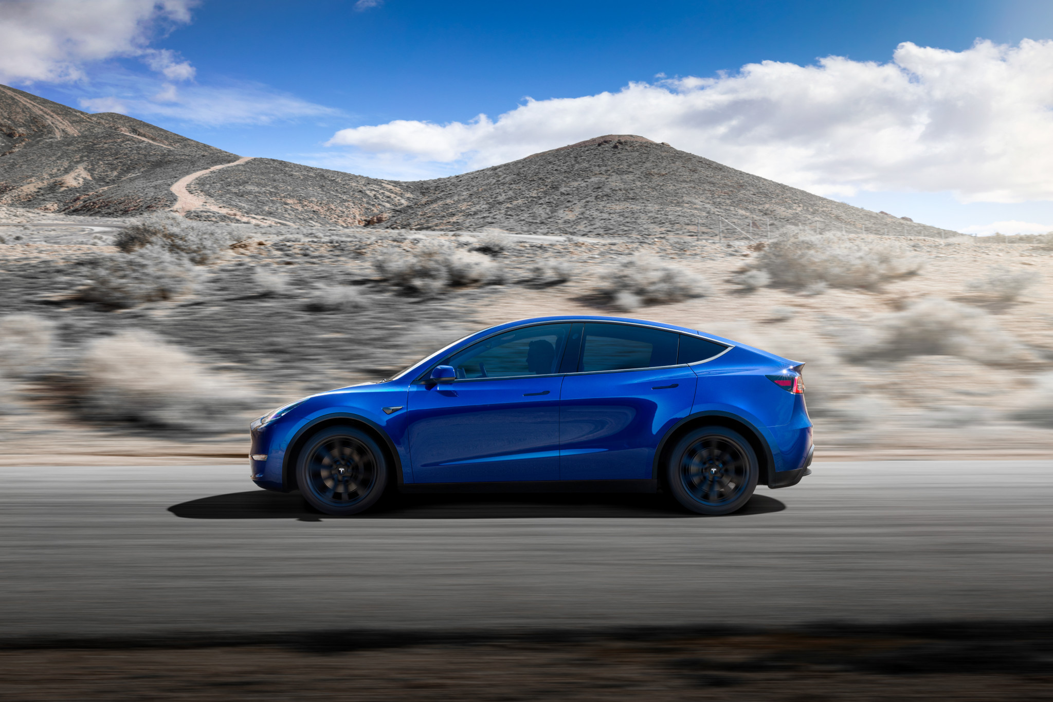 The Week in Tesla News: Model Y Gets EPA Range, Tesla's Brand Ranking Improves, Musk Talks Cybertruck and More | News from Cars.com